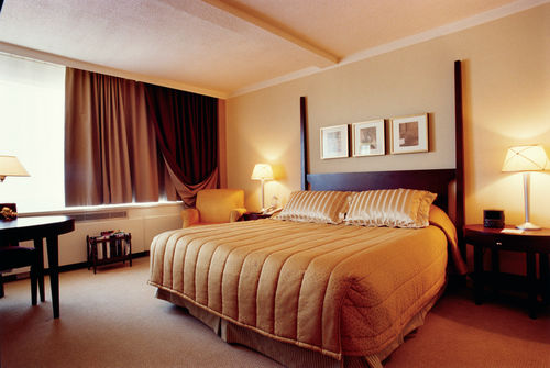 Fairmont Winnipeg Guest Room